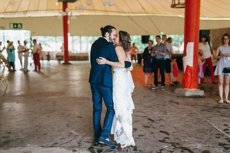 047-circus-tent-wedding