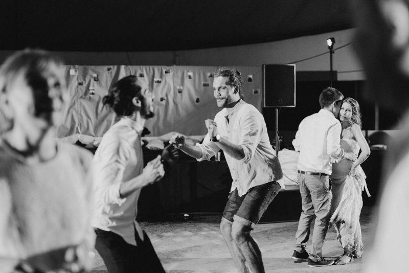 072-circus-tent-wedding