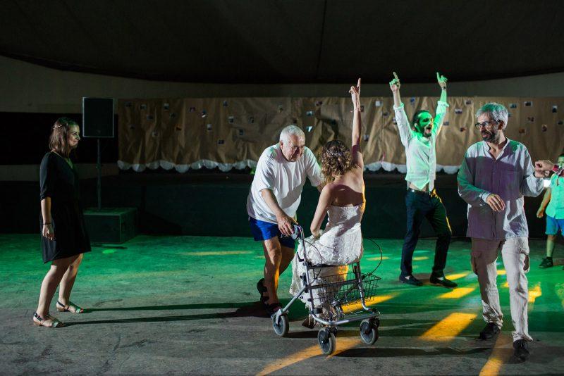 078-circus-tent-wedding