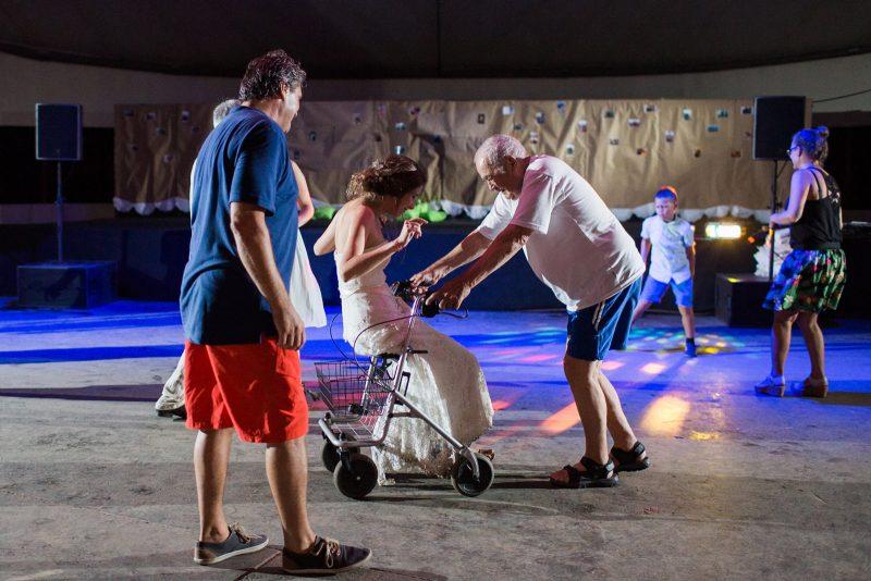 077-circus-tent-wedding
