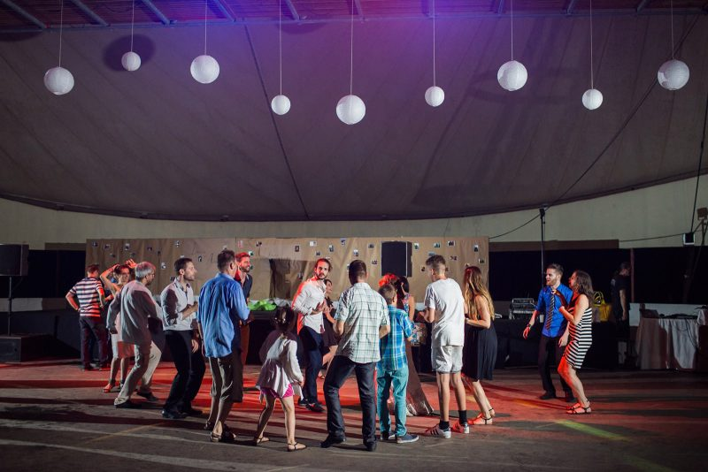 085-circus-tent-wedding
